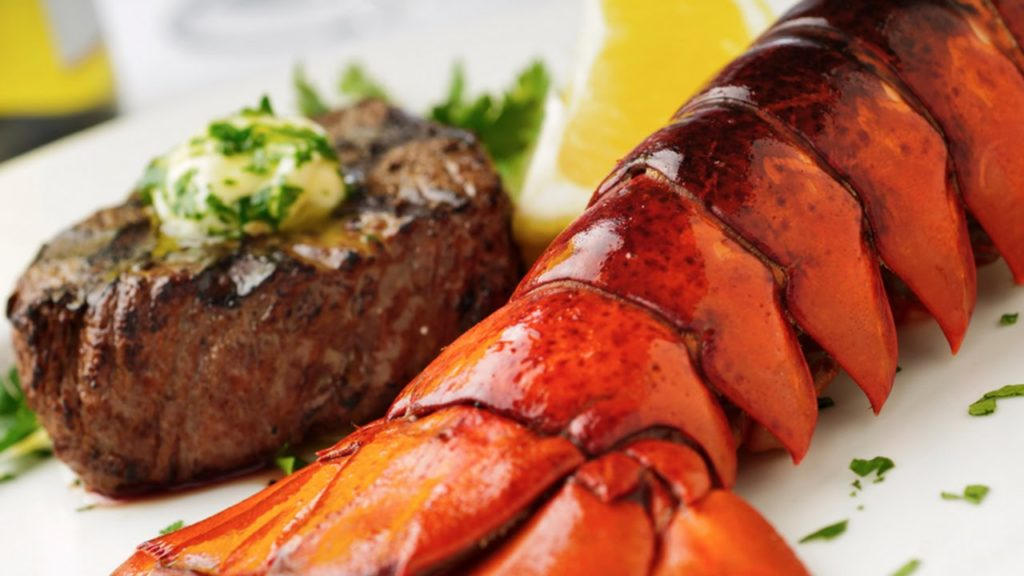 Surf and Turf Harry's Restaurante